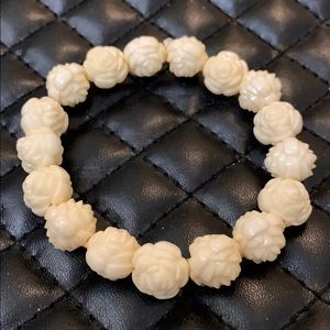 Vintage Boho Celluloid White Rose Beaded Bracelet